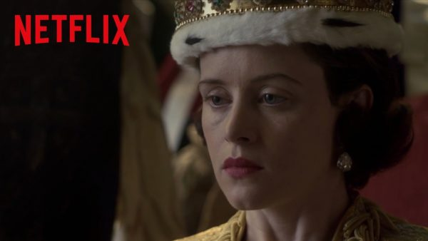 The Crown – Featurette : Le poids de la couronne – Netflix