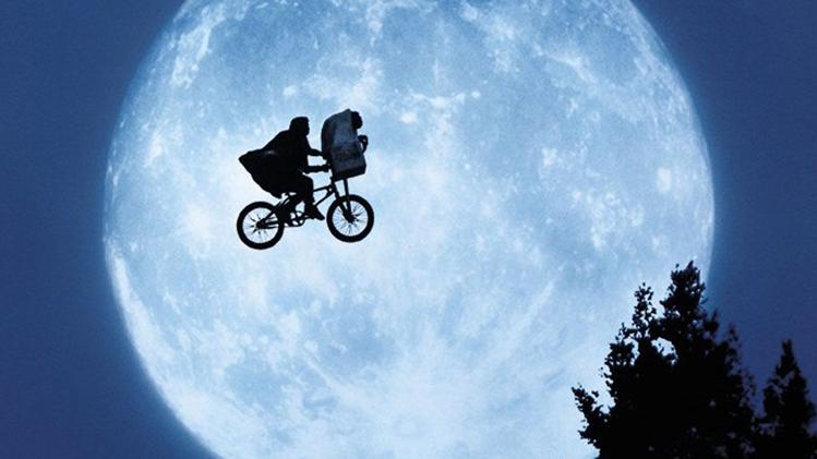 et l extra terrestre 15b15d Stranger Things, préparez son grand retour en révisant vos classiques !