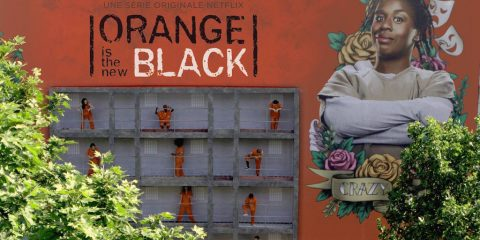 netflix-orange-is-the-new-black-street-marketing-2