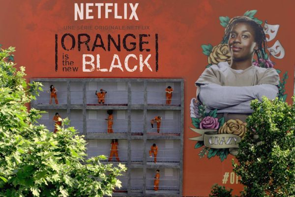 netflix-orange-is-the-new-black-street-marketing-2