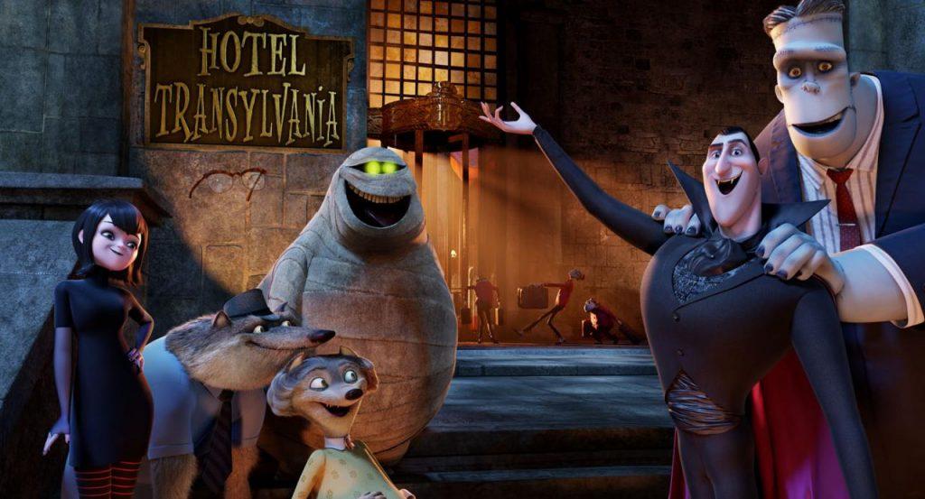 hotel transylvania 1024x553 - 10 films pour enfants qui donnent (un peu) la chair de poule