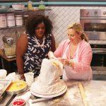 C'est du gâteau : l'émission culinaire qui ne se prend pas au sérieux