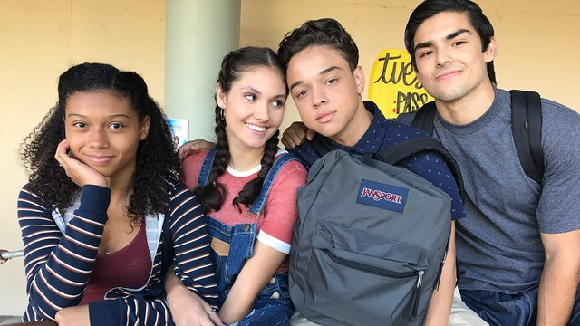 on my block cast social media accounts snapchat 1523631713 list handheld 0 Lactu des séries Netflix : renouvellements et arrêts