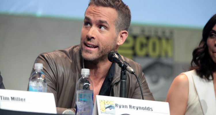 ryan-reynolds-michael-bay-netflix