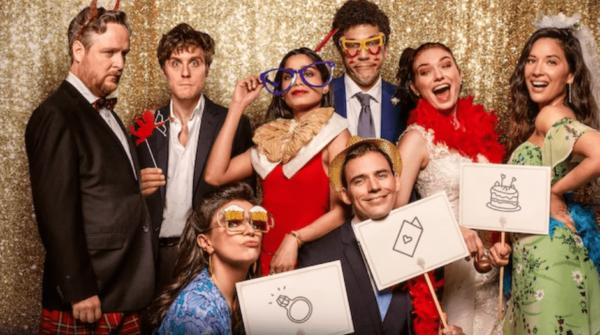 capture decran 2020 04 07 a 16 08 37 600x335 - Love Wedding Repeat : entrez dans la boucle temporelle de la nouvelle comédie romantique Netflix