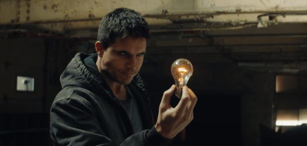 Code 8 :  un thriller de science-fiction qui envoie du lourd sur Netflix