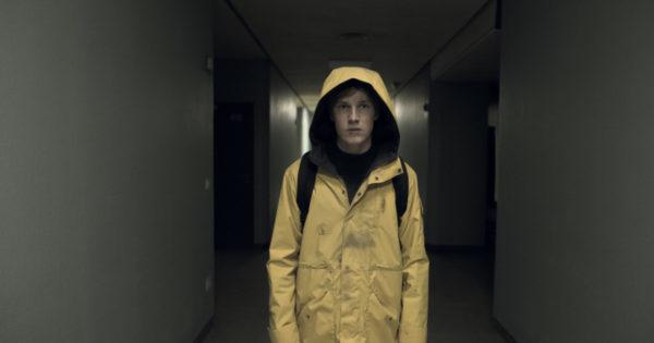 dark arbre genealogique 600x315 - Dark  : Netflix dévoile l'arbre généalogique de la saison 2 (pour bien vous dé-vriller le cerveau)