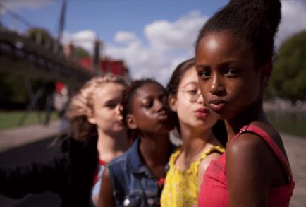 Mignonnes (Cuties) : une pétition réclame le retrait du film français de Maïmouna Doucouré sur Netflix