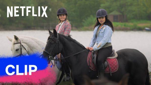 un branco di cavalli selvatici free rein netflix futures youtube thumbnail 1 600x338 - Wild