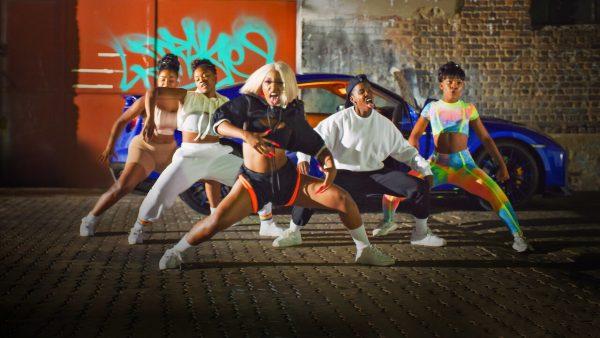 jiva netflix avis 600x338 - Jiva : les fans de danse vont adorer cette nouvelle série Netflix [Avis]